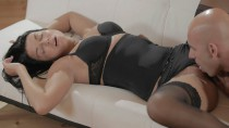 Gianna – Black Lace Bliss